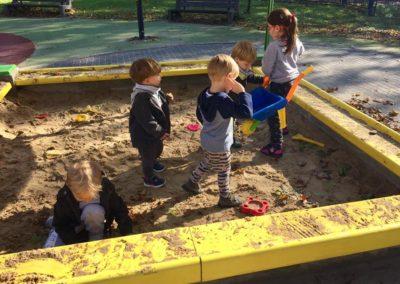 Przedszkole Cali Mali Plac zabaw
